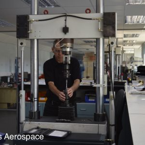 Setting up a tensile test